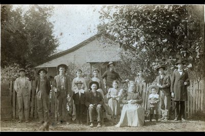 1899 Moore Family, Ceraleun, Trigg County, Kentucky