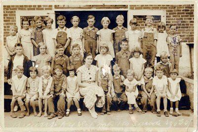 1935 Brewers School, 1st -3rd Grades, Marshall County, Kentucky