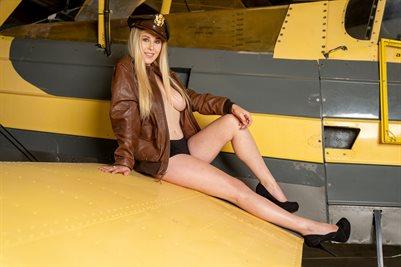 Amelia 03