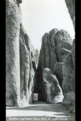 NEEDLE'S EYE TUNNEL-BLACK HILLS OF SOUTH DAKOTA