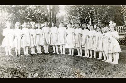 Girls School from the Pope County, Illinois area, names on the back