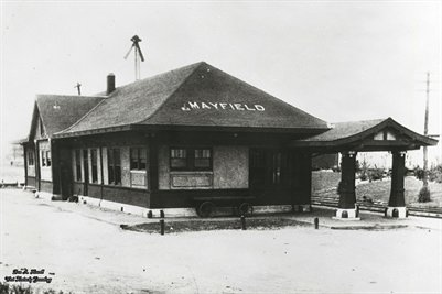abt 1900, Illinois Central Railroad Depot, Mayfield, Graves County, Kentucky