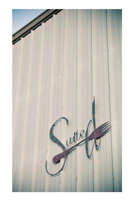 Suite D