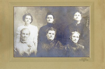 Thomas Sisters