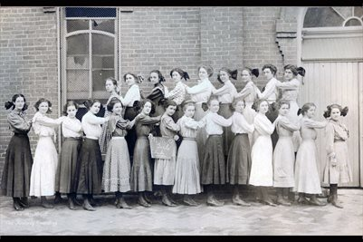 1913, M.M.D. GIRLS CLUB, METROPOLIS HIGH SCHOOL, METROPOLIS, ILLINOIS