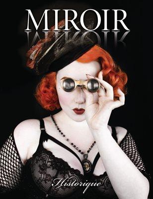 MIROIR MAGAZINE • Historique • Lace Embrace / Maria Curcic
