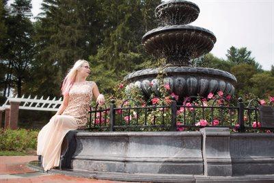 Zoey - Rose Garden