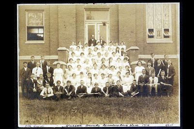 8th grade Massac County Graduating Class 1916