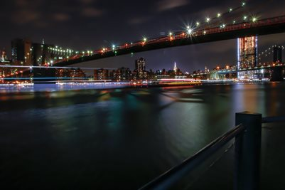 Brooklyn Bridge nightlights