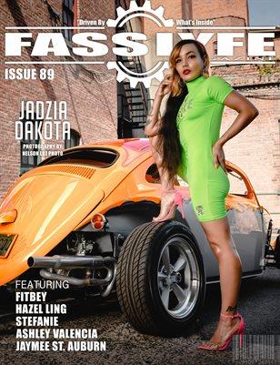 FASS LYFE ISSUE 89 FT. JADZIA DAKOTA