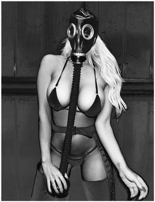 THE @misscarabrett gasssssss mask 2