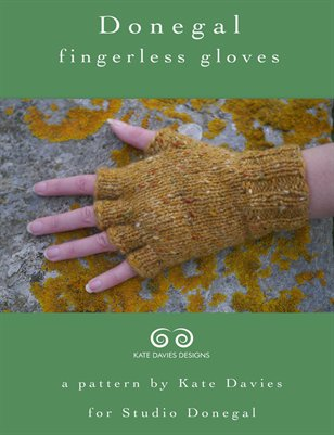 Donegal Fingerless Gloves