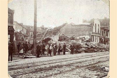 St. Louis, Mo. tornado May 27, 1896 South Broadway