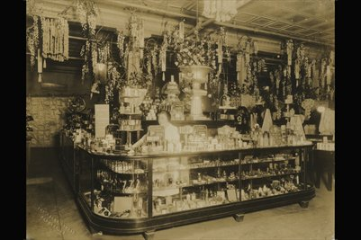 Perfume Counter at Rudy's of Paducah, Kentucky