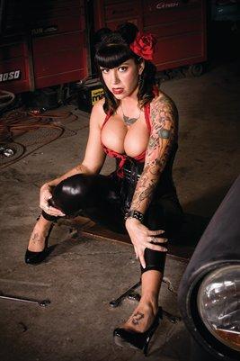 Christina Garage
