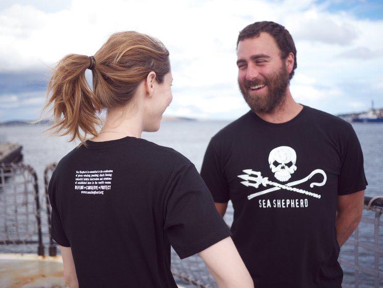 Sea Shepherd Jolly Roger Short Sleeve T-shirt - 100% Organic