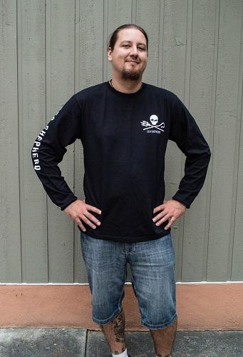 Men%27s Sea Shepherd Jolly Roger Long-Sleeve T-Shirt - 100% Organic Cotton
