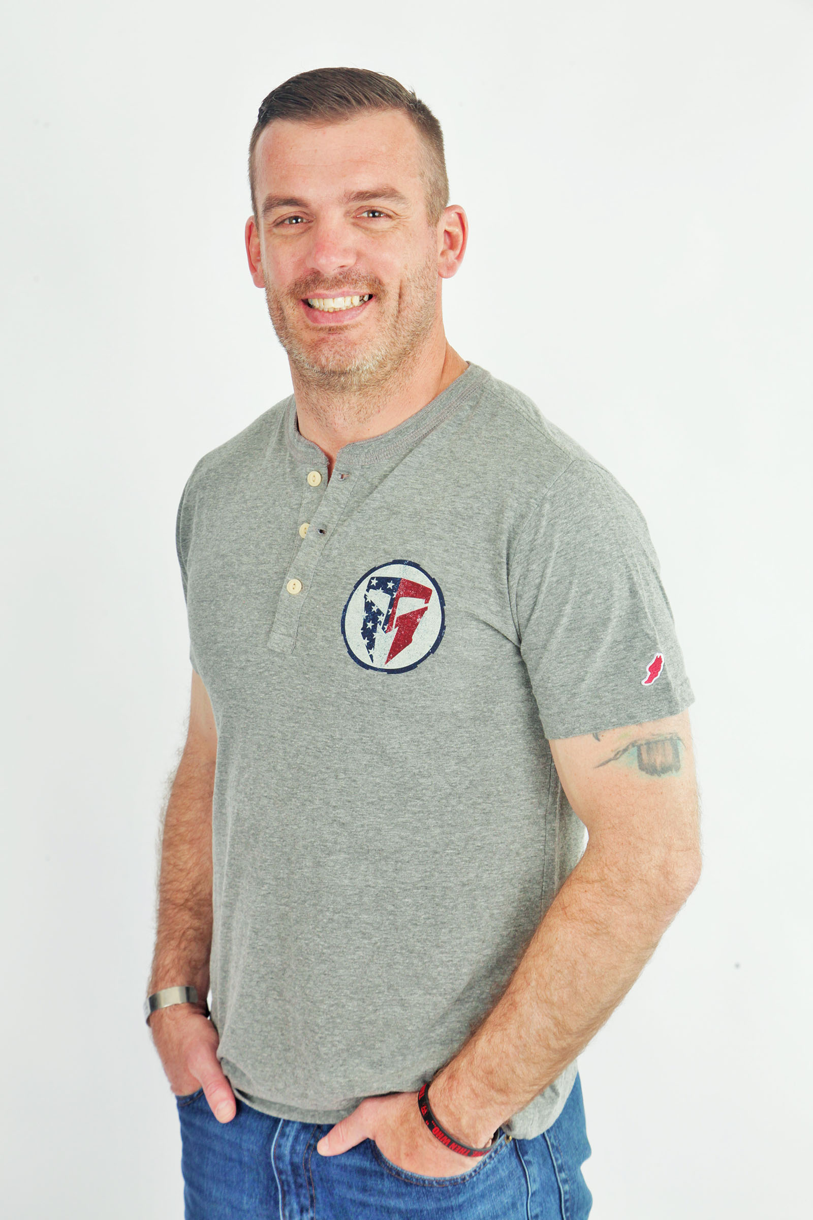 TMF Men's All American 3 Button Tab Tee