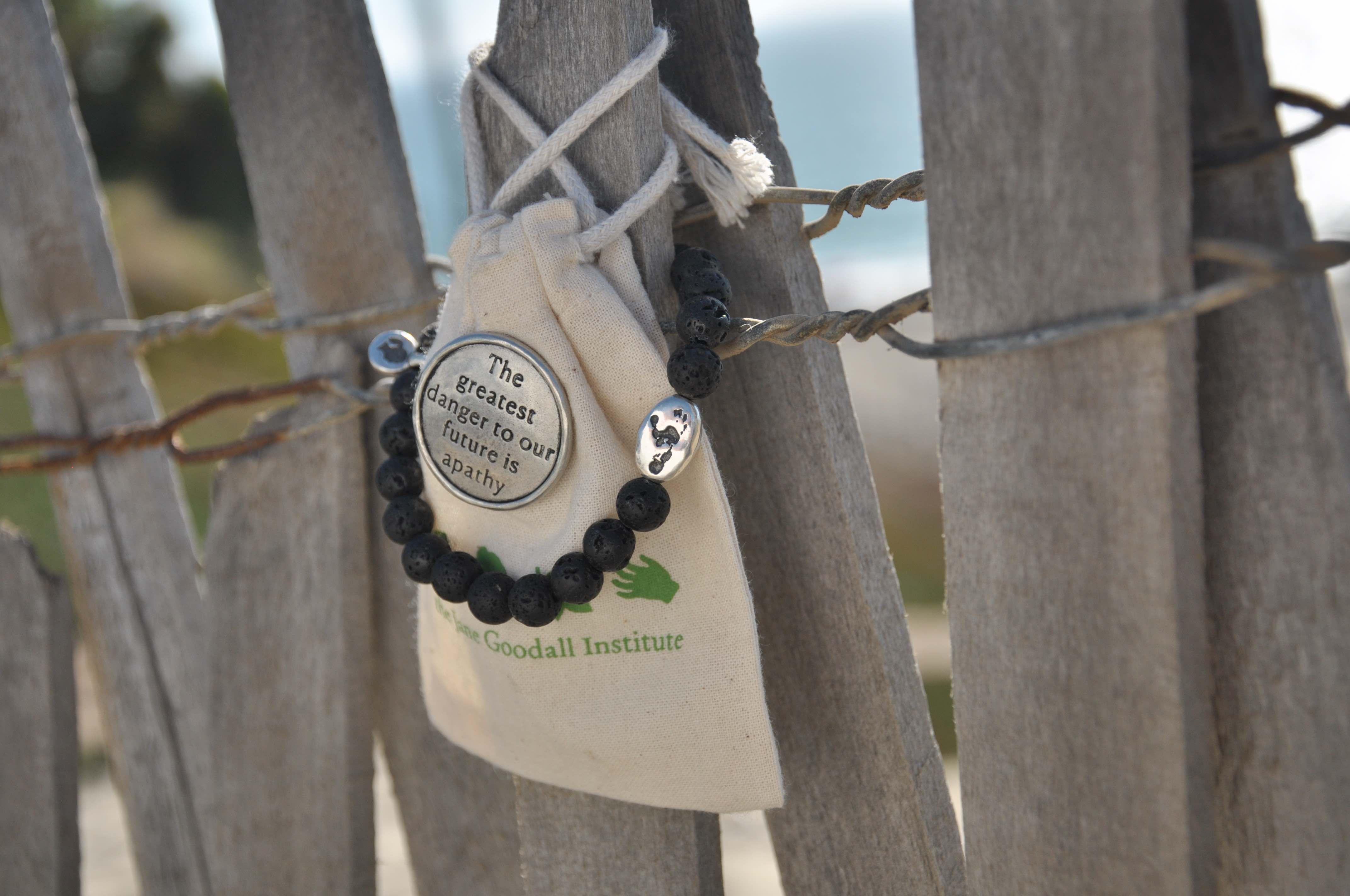 Jane Goodall Signature Wounda Footprint Bracelet & Apathy Quote Pin Set - JGI268