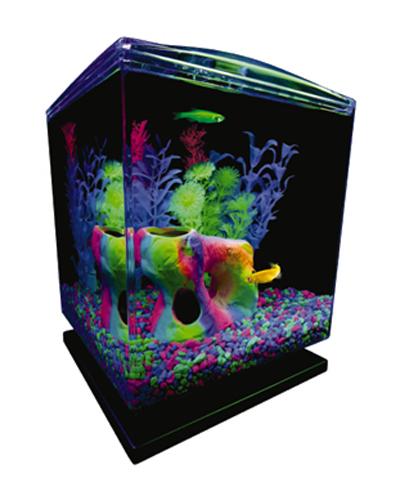 Picture of Tetra Glofish Aquarium Kit - 1.5 Gallon