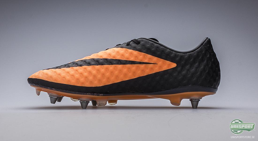 new arrival ca859 2ea6b Om vi bortser från dobbsystemet och fokuserar på resterande del av skorna  så är det den innovativa överdelen man lägger märke till först.