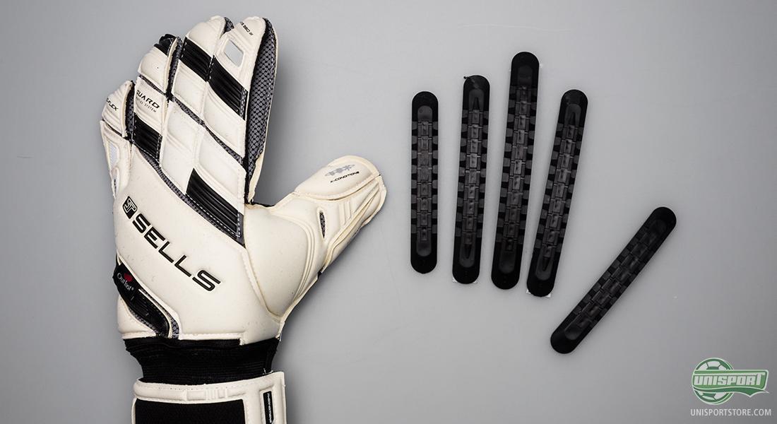 goalkeeper gloves fingersave 425eea869d52