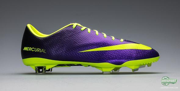 5da67366bf15d Nike Mercurial Vapor IX - The purple and neon coloured flash