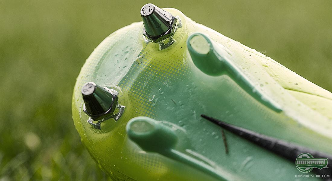 46685747c Nike SG-Pro stud configurations on top models in the Hi-Vis collection