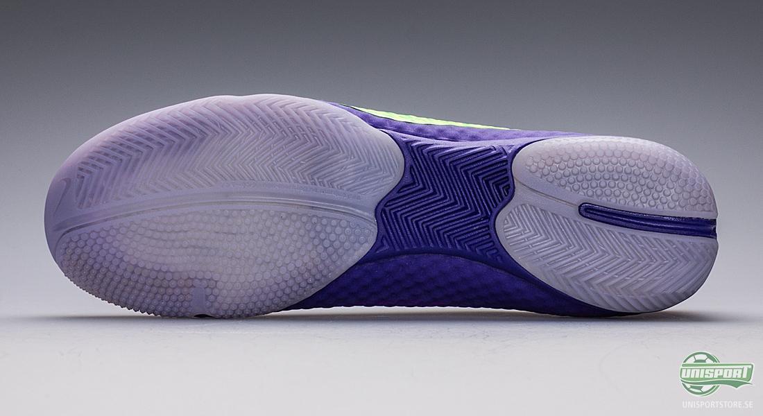 on sale 445bb dcc45 Kring hälen sitter ett mesh-material som ger foten bästa möjliga  ventilation och håller den bekvämt ...