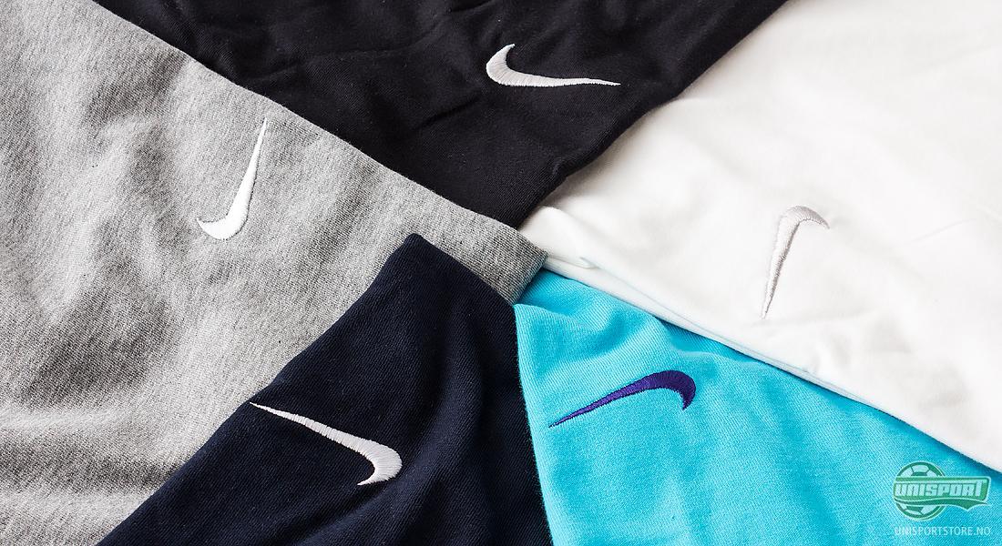 Swooshen er tilbake Nike presenterer elegante t skjorter