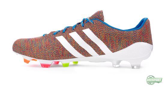 Adidas present the Samba Primeknit