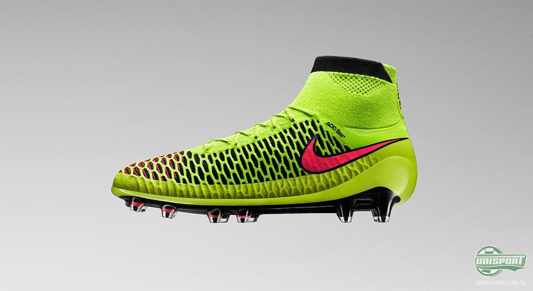 online store 8372f b30c0 Det är världens första fotbollssko i Nikes innovativa Flyknit-material som  går helt upp runt ankeln och skapar en stövelliknande form ...