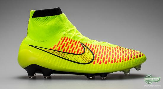 NikeMagista soccer cleats and shoes  SOCCERCOM