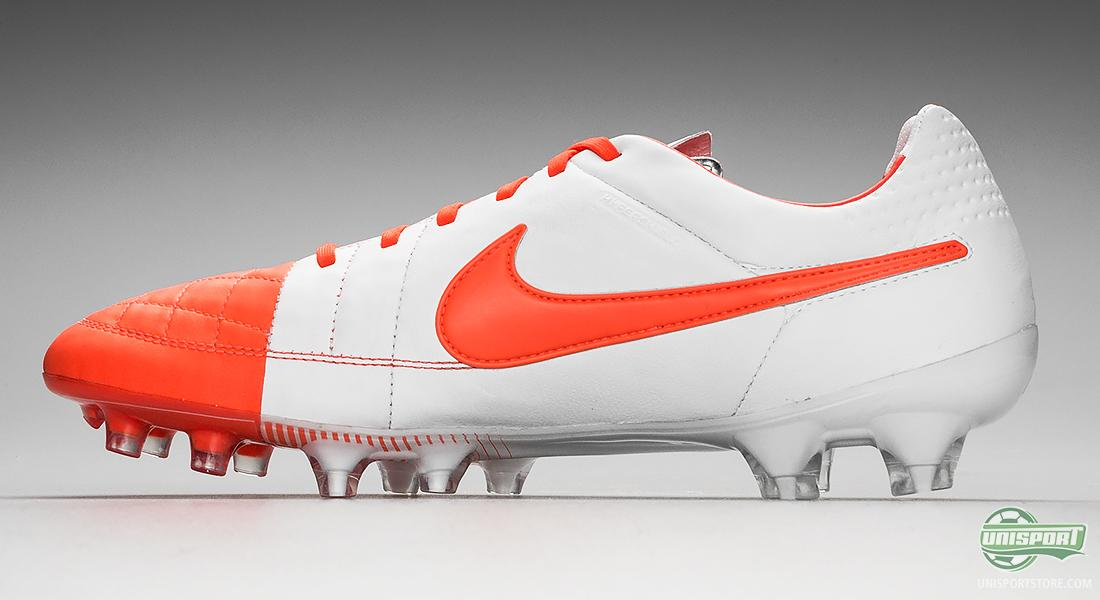 promo code 3be4f e27e9 Nike Tiempo Legend V - the lightest touch in red and white