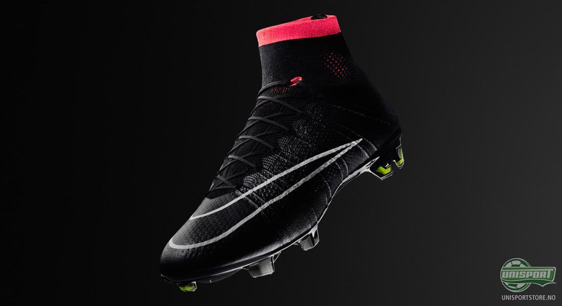369ab502 Fargene på Cristiano Ronaldos nye fotballsko er Rød/Neon/Sort, men under  eventet i Madrid hadde Nike tatt med seg en Sort/Rød variant også, som  garantert ...