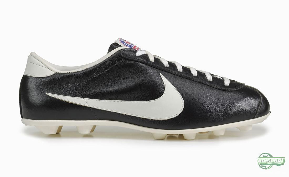 Nike Total 90 Aerow II is official match ball of La Liga
