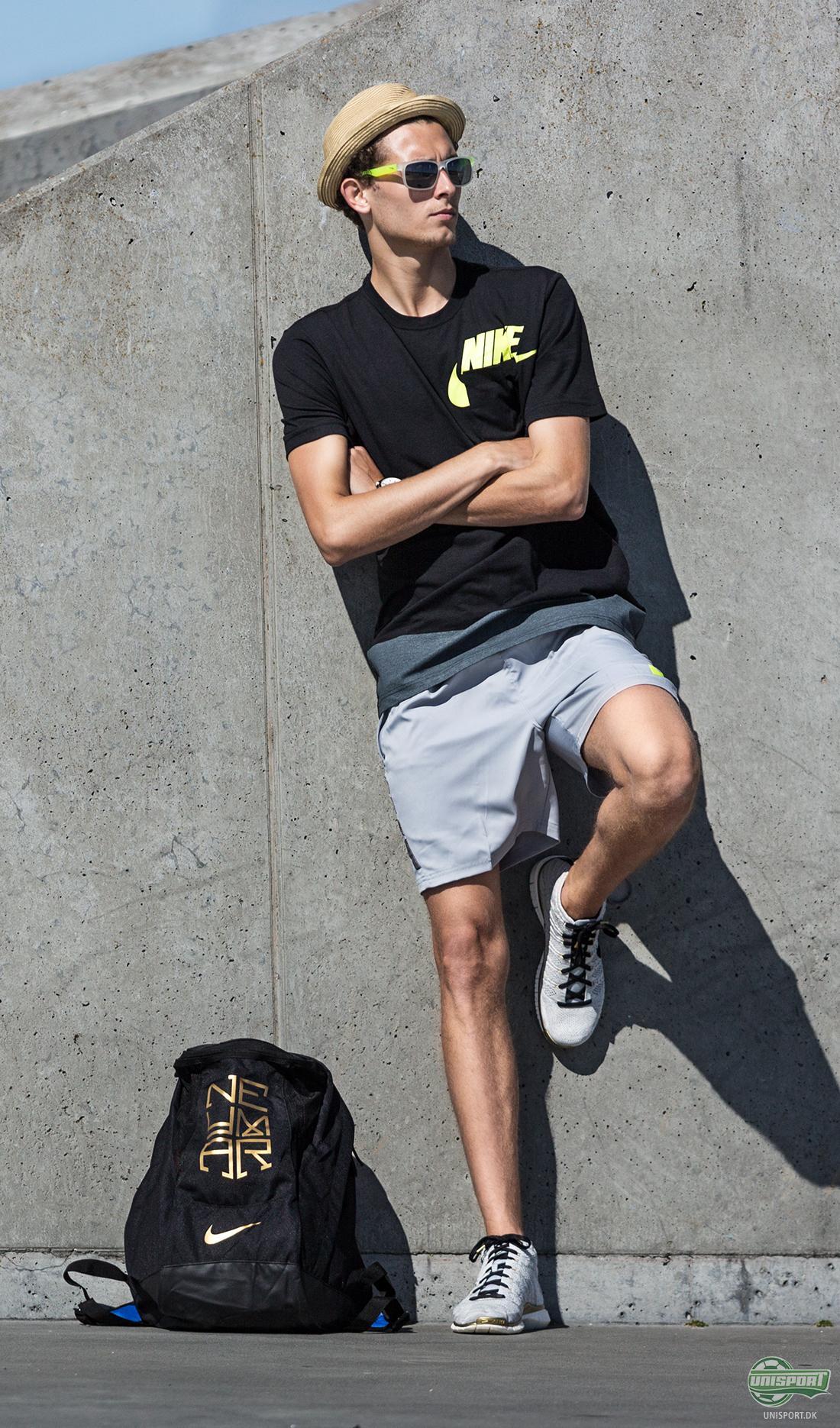 18ba9c024ef Unisport look of: Få styr på sommer-looket med Nike