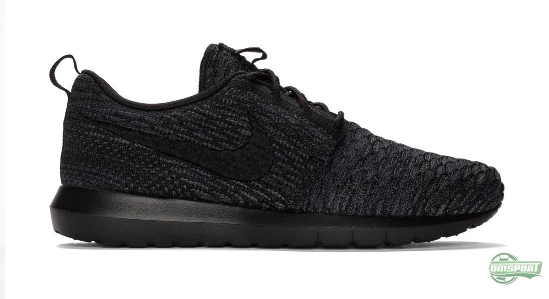 online retailer aec85 55613 Av juridiske årsaker måtte Nike bytte ut ien med een, men det uttales  fortsatt på samme måte. Det er nemlig den rolige, ...