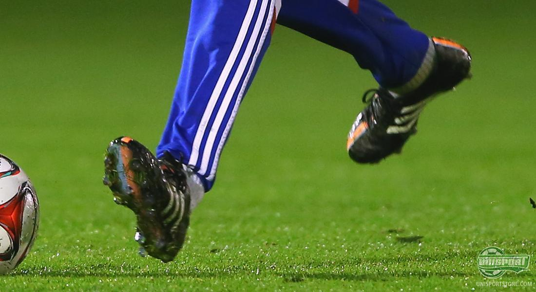 35b8bf7e522 If you take a closer look at Alonso s adidas football boots