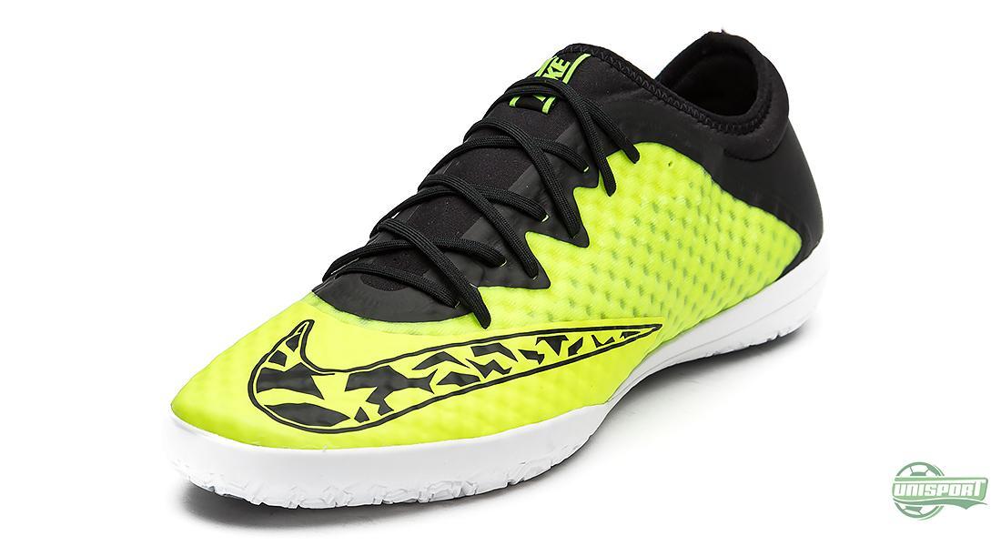 Broma Preconcepción Enojado  Nike Elastico Superfly and Elastico Finale III in fresh New Years colours