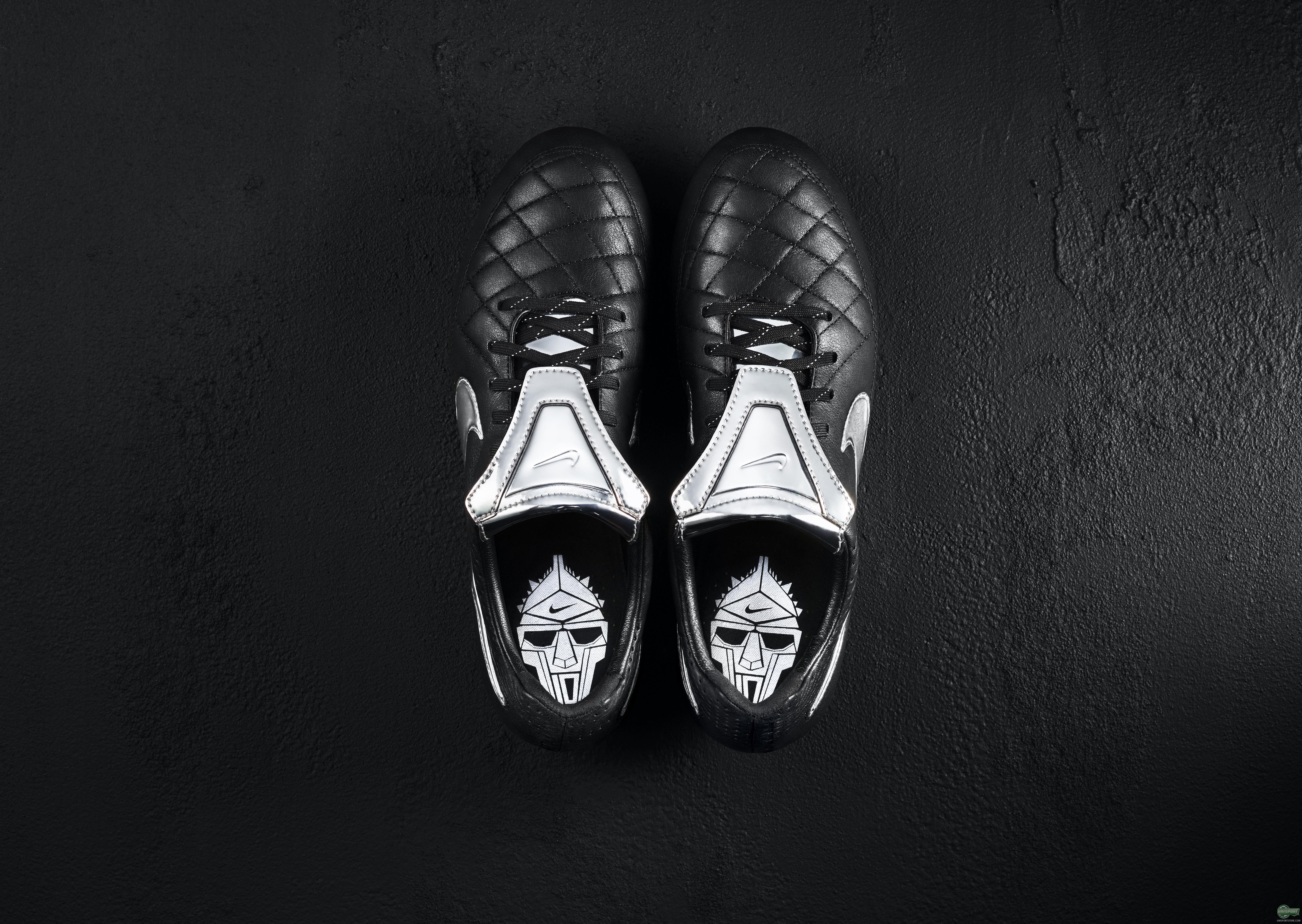 huge discount 68dc6 cffeb Nike pay tribute to Totti, with a unique Tiempo Legend V ...