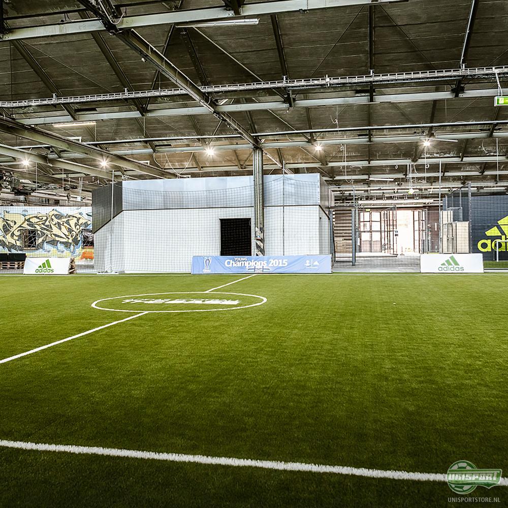 Adidas creëert indrukwekkende voetbalarena: De Base Berlin