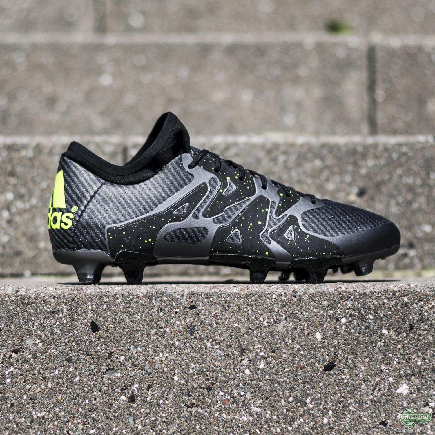 quality design ee670 94d6f adidas X15.1 - blackout class combined with reflective flair