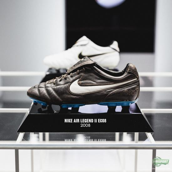 604c92521 The boots have evolved massively from the Nike Tiempo Premier 1994 worn by  Pablo Maldini
