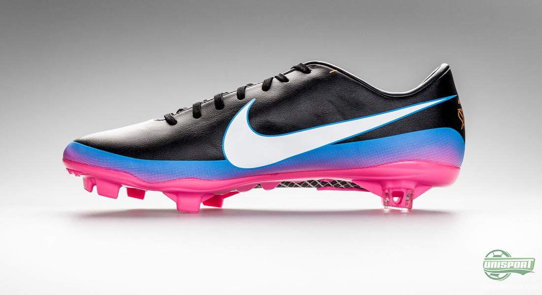 quality design 3f7a9 c92ca Get your hands on the Nike Mercurial Vapor VIII ACC CR7 - pr