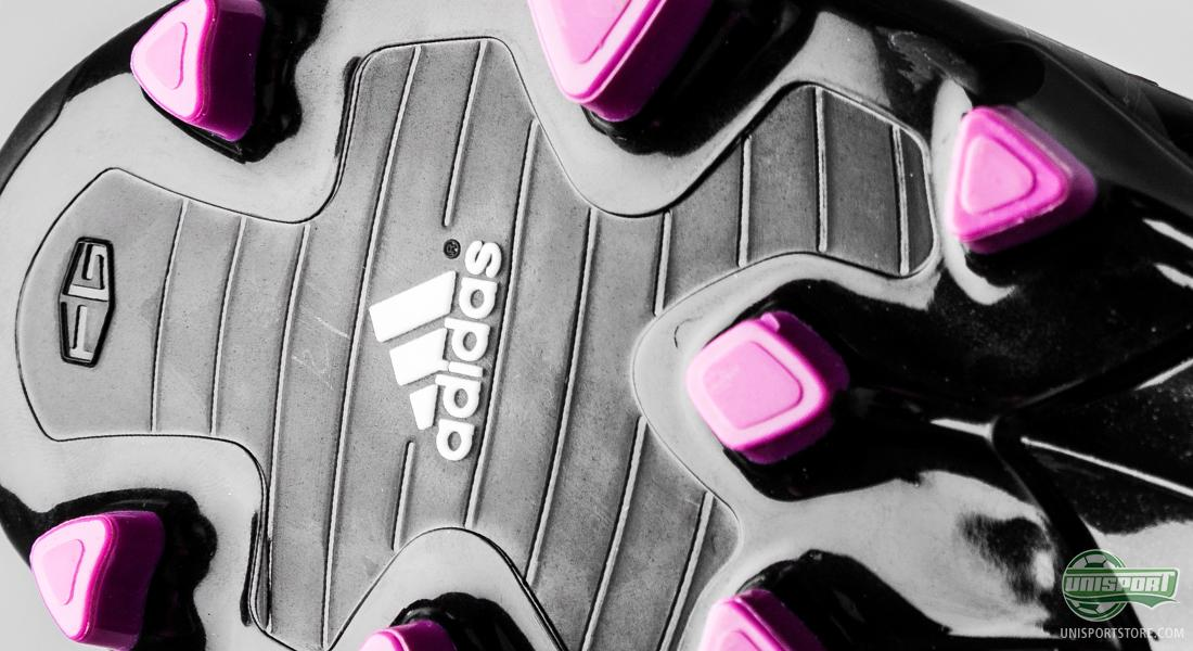 baf21633c171 Furthermore, there has, of course, also been made room for Adidas'  revolutionising miCoach-chip, that gives you the opportunity to track and  calculate your ...