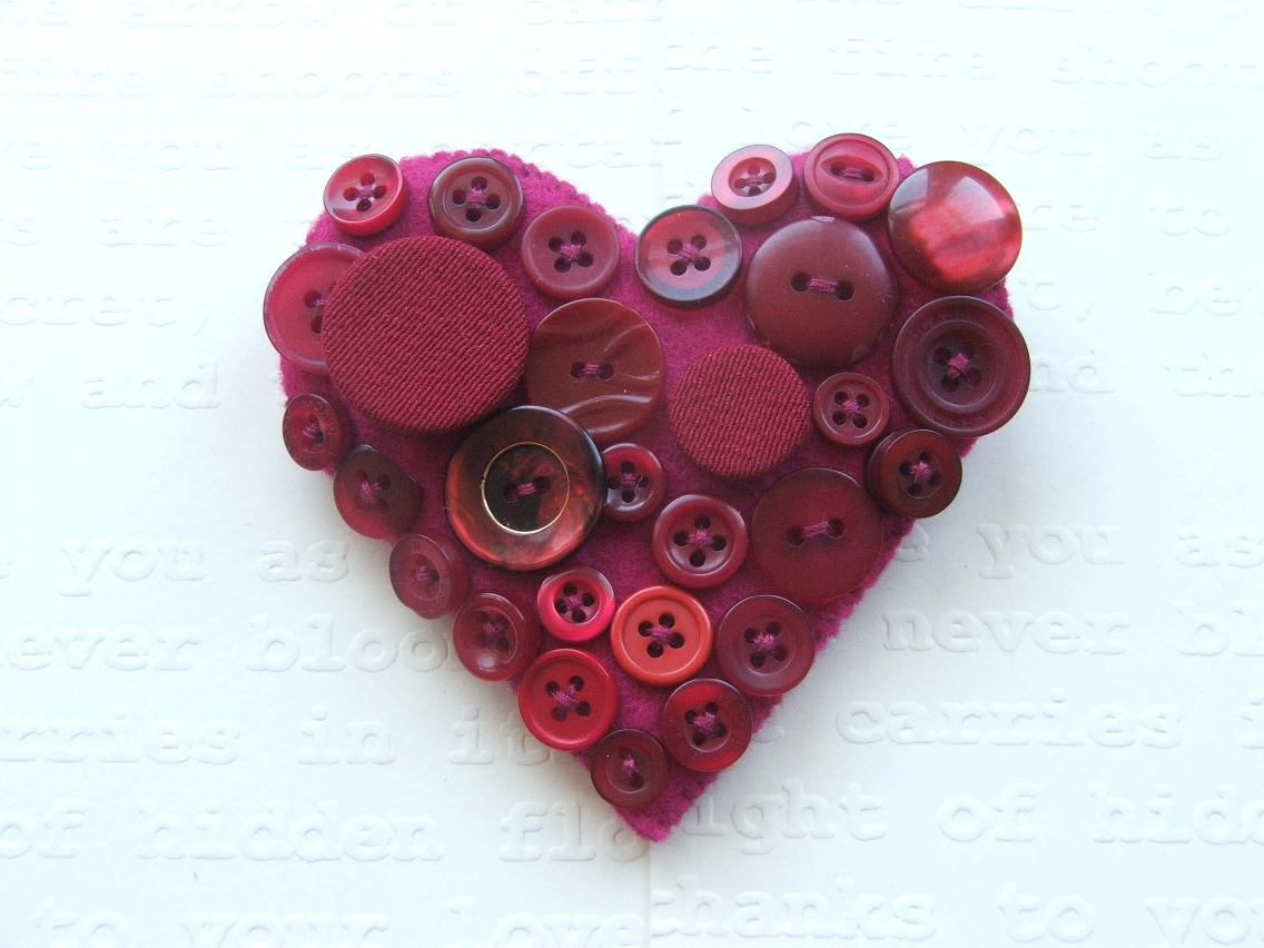 awesome yet inspiring button brooches crafts with