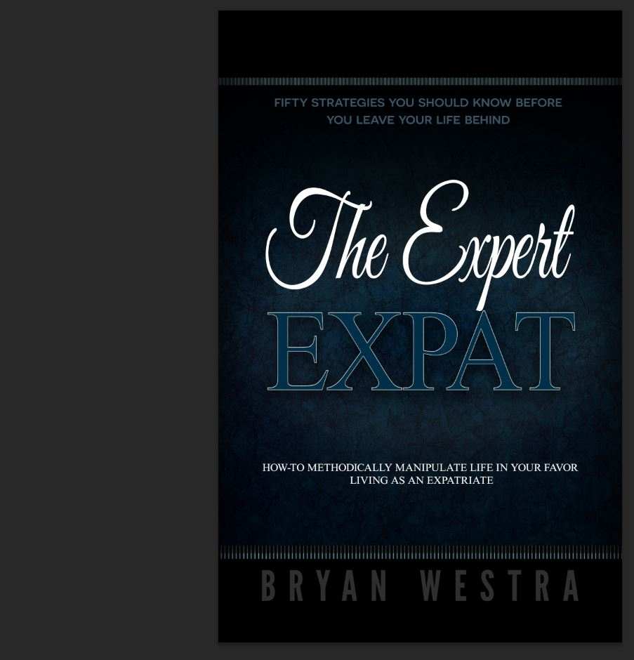 The Expert Expat [Trade Paperback Book]