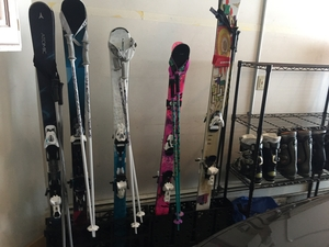 Ski Storage Rack | Freestanding