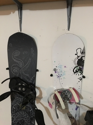 The Cinch | The Simple Snowboard Wall Mount